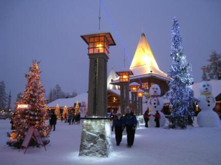 Il Paese Di Babbo Natale Lapponia.Nel Paese Di Babbo Natale Casa Di Babbo Natale Rovaniemi Villaggio Di Santa Claus Lapponia Vacanze Di Natale